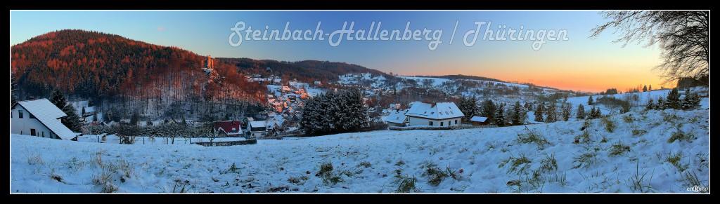 Wunderbares Steinbach-Hallenberg in winterlicher Abenddämmerung